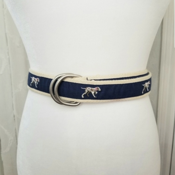 J.Crew- sz. L/XL, cream cotton belt, accented with hunting dogs navy
